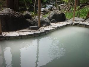 にごり湯渓流露天風呂