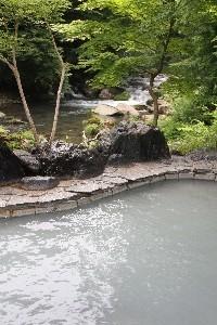 塩原温泉良質のにごり湯露天風呂