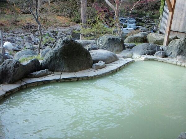 元泉館露天風呂